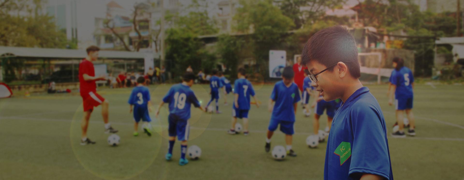 Bóng đá – Môi trường Giáo dục – Niềm vui
